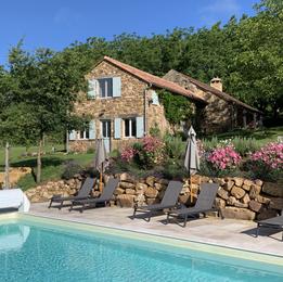 Gîte Monfort, piscine.jpg