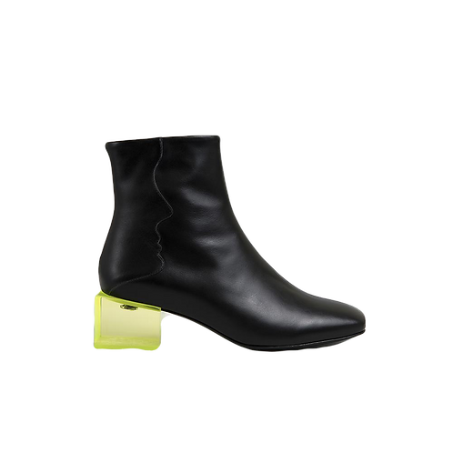 UNREAL FIELDS | Statuette - Black Leather  Acrylic Heel  Boots