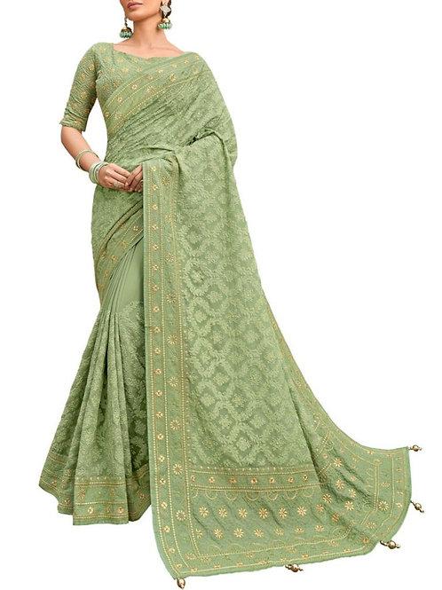 Moving Pista Beautiful Saree Design