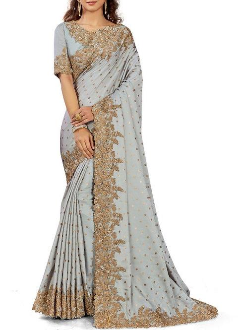Astonishing Light Grey Saree Wearing Style