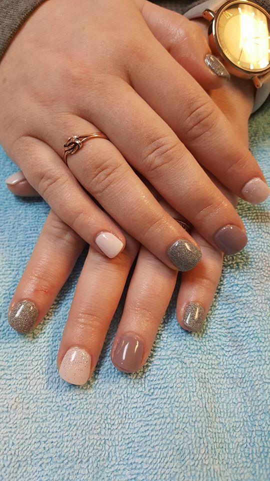 Linda's Nails1