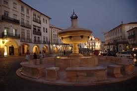 Praça do Giraldes Évora