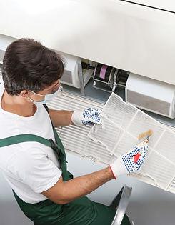 sanificazione-condizionatori-700x900.jpg