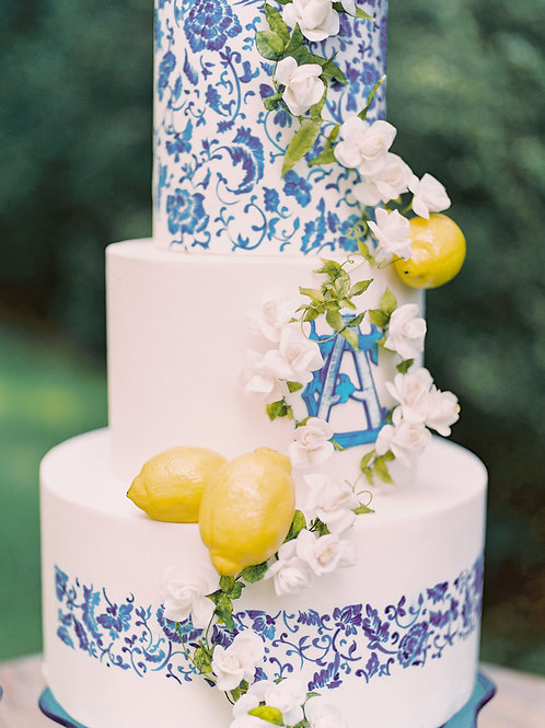 Fresh Cream Monthly Special Cake