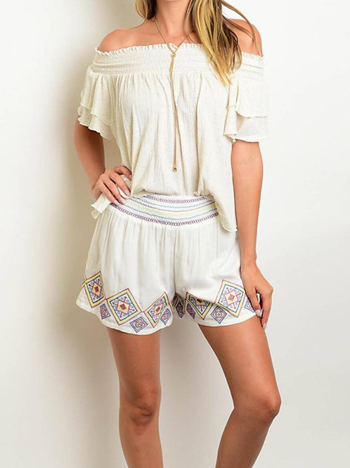 Ivory Embroider Shorts