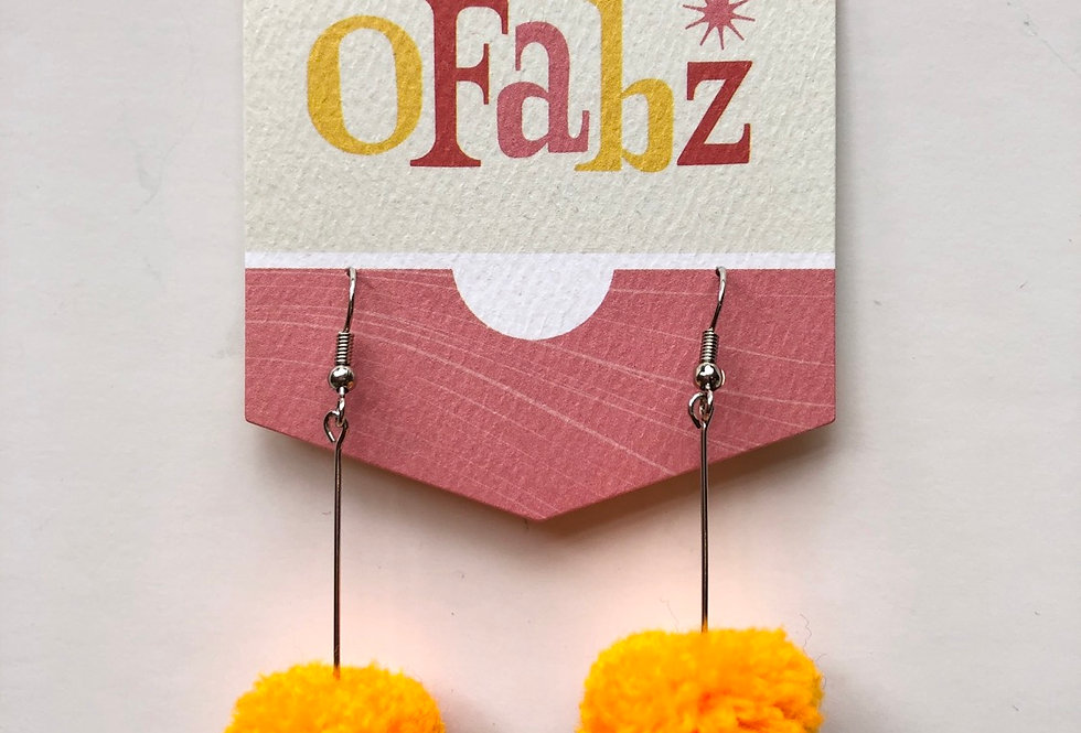 O'Fabz mini Pom earring