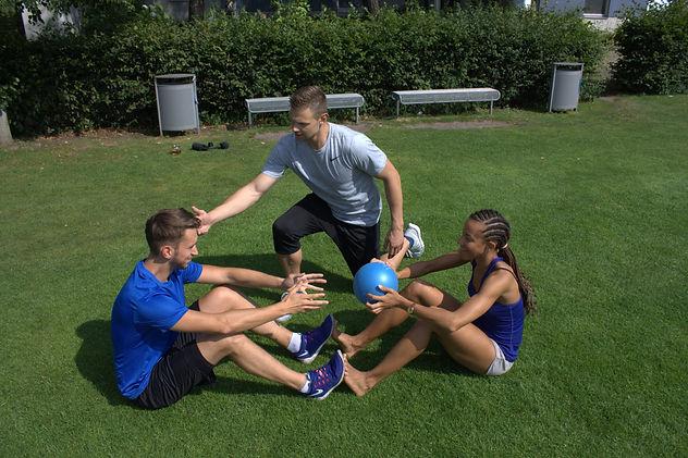 Personal Training zu zweit - Partnerübungen