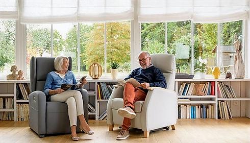 fauteuil releveur pour senior en alsace par solutions seniors habitats