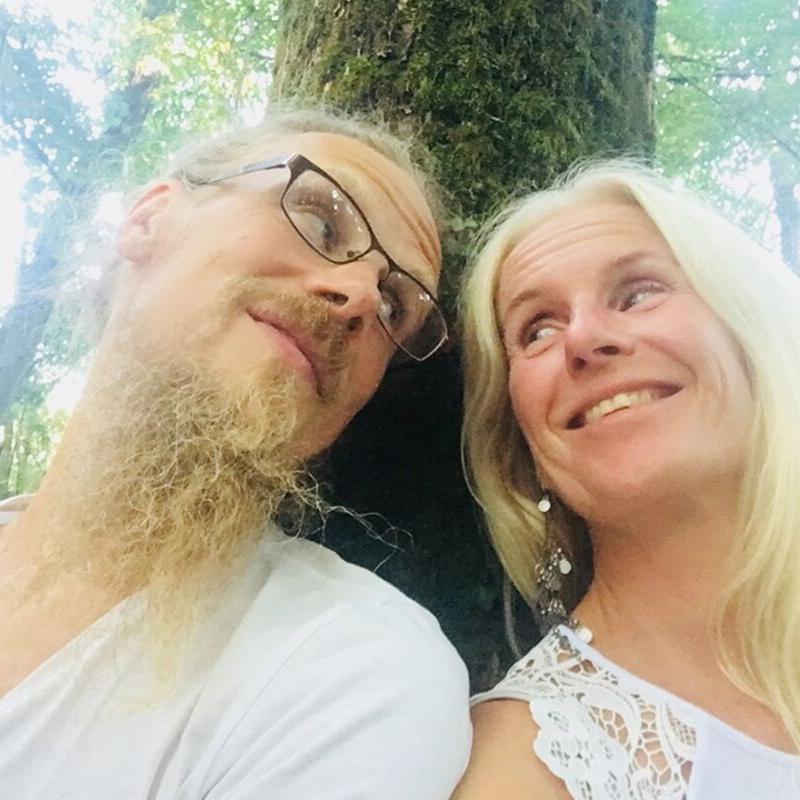 Annki Warberg Landahl & Klar Landahl gäst Hälsosnack Live 2019 mantrakonsert
