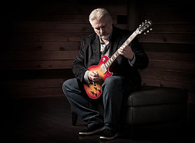 Mitch Gallagher Les Paul.jpg