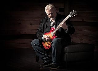 Mitch Gallagher Les Paul.jpg