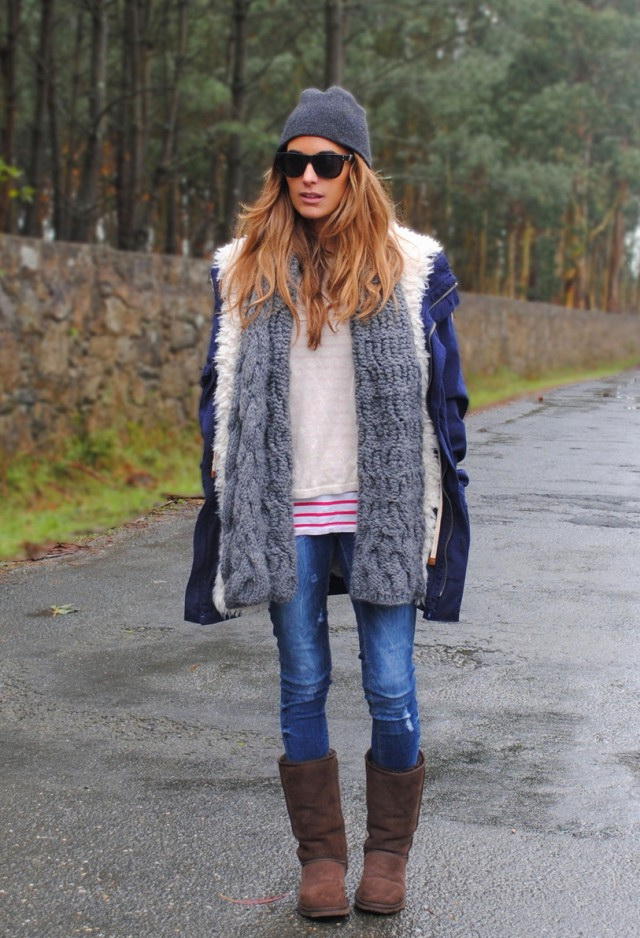 33-women's-casual-work-outfits-for-winter-scarf