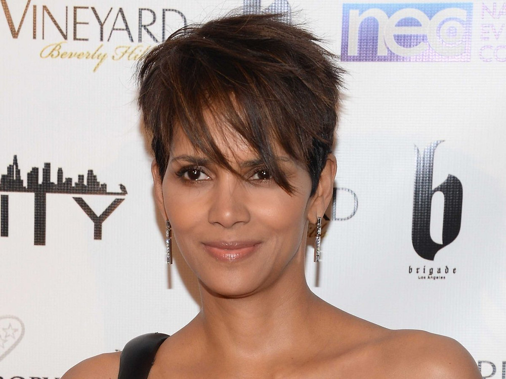 Halle Berry Homeless, hungrystreets, hungry,