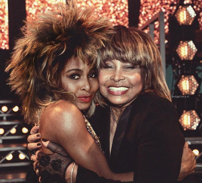 50-Celebrities-hanging-out-with their-younger-selves-Tina-Turner