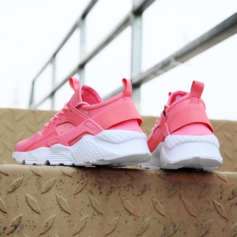 nike-pink-best-brands-comfortable-womens-shoes
