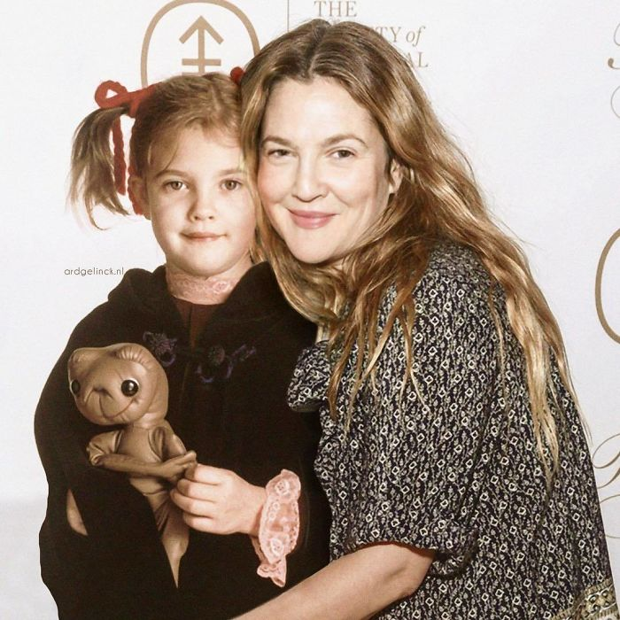 50-Celebrities-hanging-out-with their-younger-selves-Drew-Barrymore
