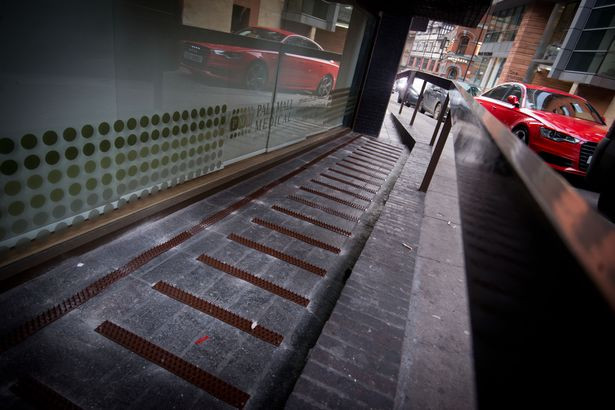 homeless spikes, manchester, hungrystreets,hungry,uk,usa,donate,