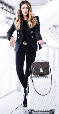 33-women's-casual-work-outfits-for-winter-bag