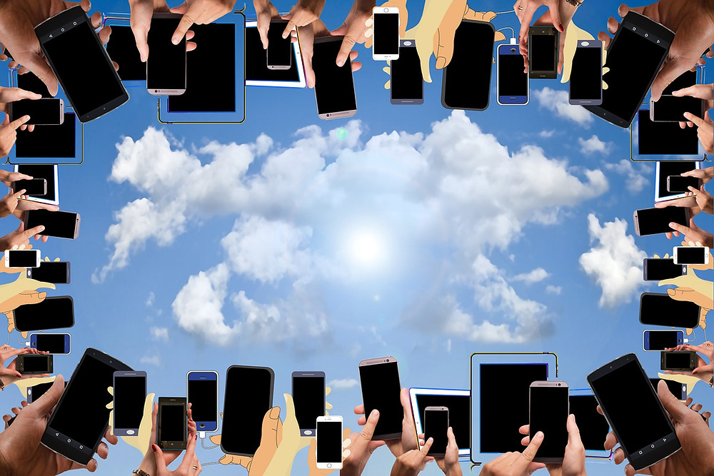 Digitalisierung-Smartphones-Cloud