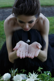 lake_sherwood_wedding_ring_levitation-2.