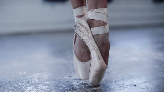 5-ballet_dancer_arnett_creative_2020.jpg