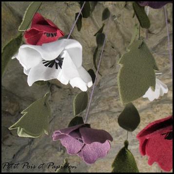 Mobile fleur et feuillage