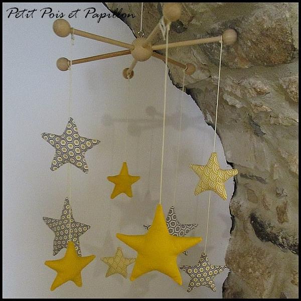 mobile étoile - décoration