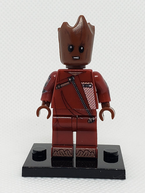 Groot (Red Suit)