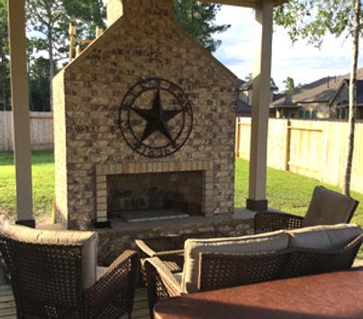 outdoor fireplace 1.jpg