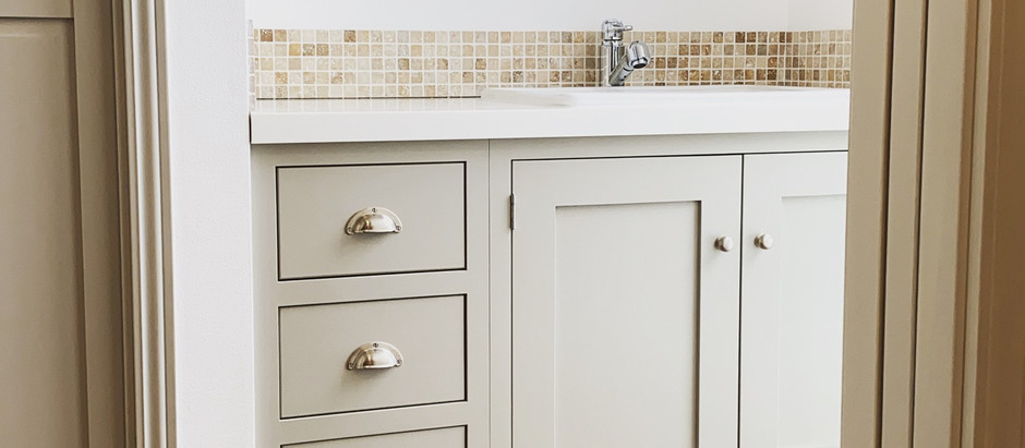 シェーカーキッチンで洗面台をつくる事例