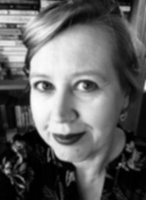 Fiona Leitch headshot.jpg