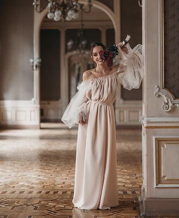 Gorgeous lady holding bouquet