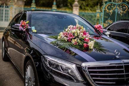 Voiture-decoration-mariage-bouquet-vento
