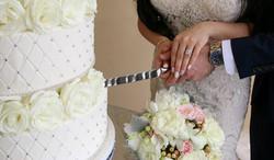 mona cutting the cake_edited