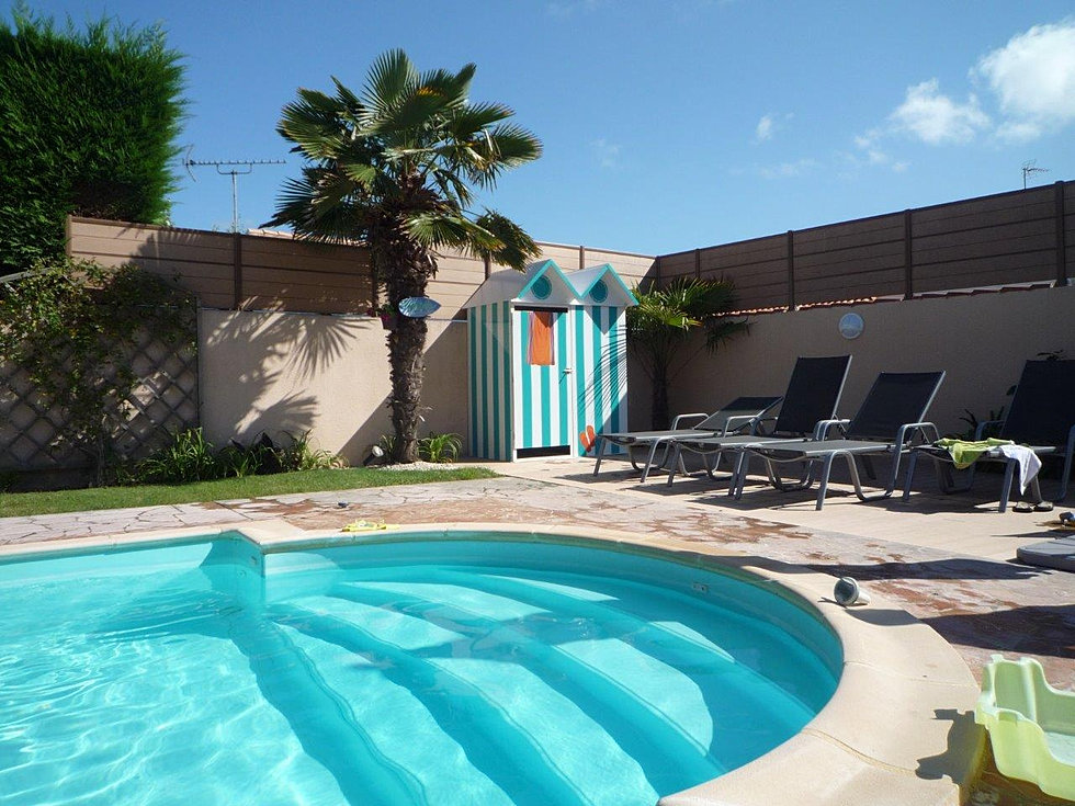 Cabines de plage mobicamp for Deco piscine plage