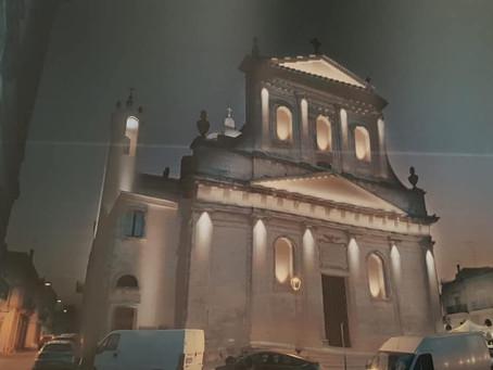 CEGLIE: Illuminazione artistica per le facciate del Teatro comunale e della chiesa di San Rocco