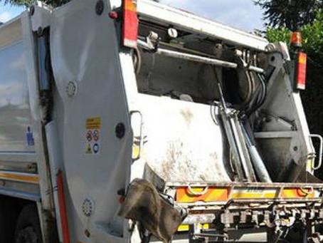 CEGLIE: In stato di ebrezza alla guida di un mezzo per la raccolta rifiuti impatta contro scooter