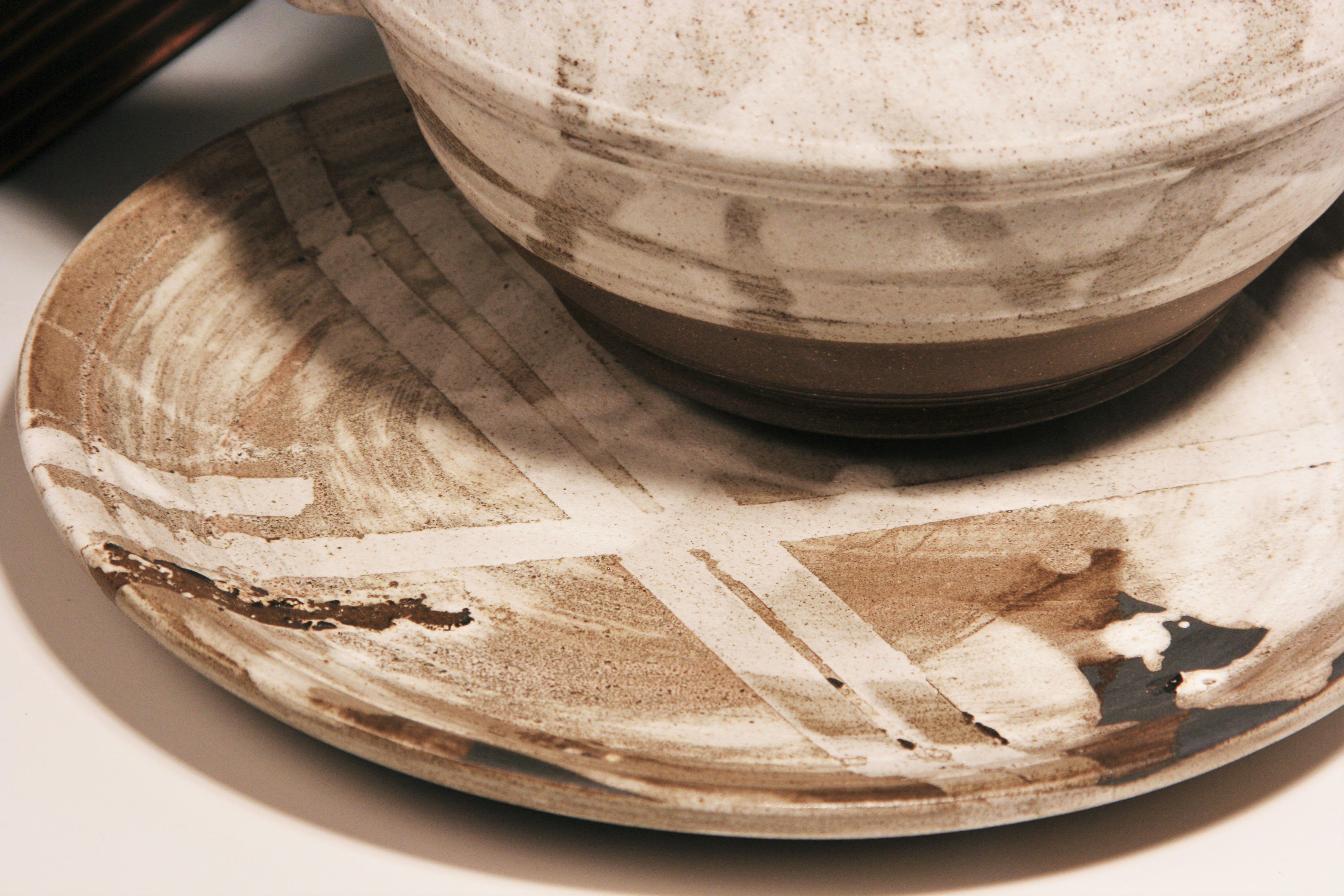 Baked Clay Studio_Cameron Petke _B+W masking teaset_detail