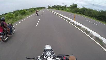 Mahabalipuram road.jpg