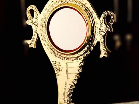 Aranmula Kannadi - World's Unique Mirror