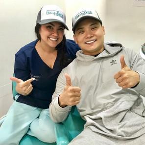 Paciente feliz que nos visita de EEUU