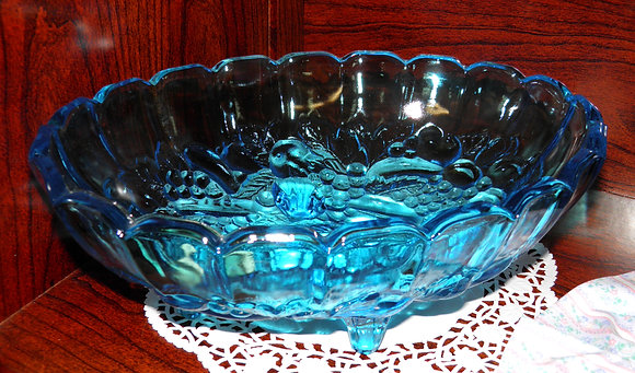 Colonial Blue Footed Oval Fruit Bowl
