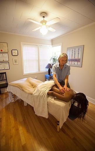 Massage07-WebRes.jpg