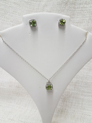 Peridots and Diamond / Chain and Earing Studs