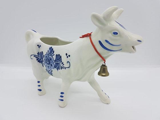 DBL Cow Milk Dispenser
