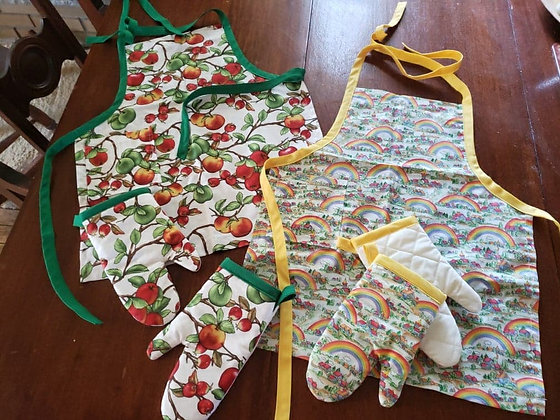 Children's Apron and Oven Mitts