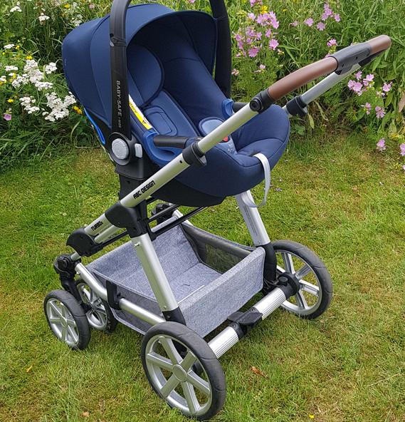 Kinderwagen kombiniert mit Babyschale