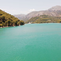 Guadalest oasis parks.jpg