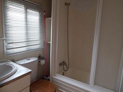 Alucasa 8700 pet area 27 bathroom