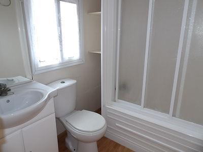 Alucasa 8740 pet area 33 bathroom